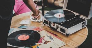 80's music trivia (Music Device)